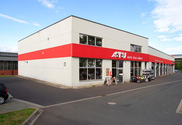 Ansicht des ATU-Marktes in Dortmund von links